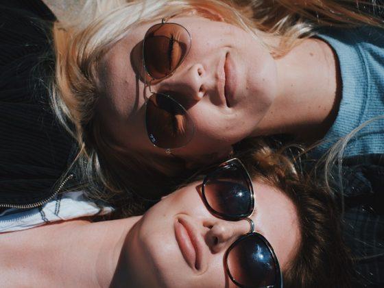 紫外線を防ぐサングラス